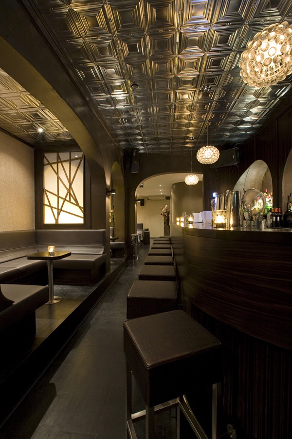 Door 74 amsterdam s finest speakeasy for Door 74 amsterdam